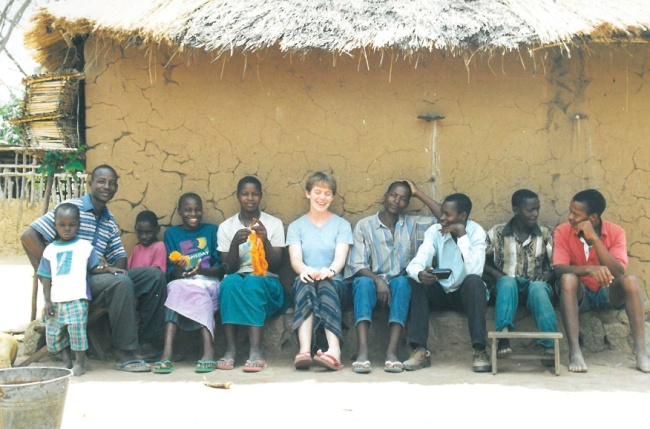 Katie with Modesta and her relatives in Lawanima.