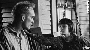 significance boo radley Analysis lee uses these chapters to provide an exquisite ending to a powerful novel by allowing circumstances to come full circle scout finally attains her childish wish to see boo radley in person just one time.