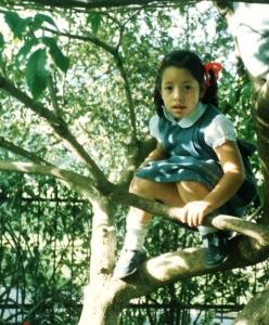 juana-climbing-tree